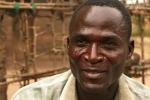 'Linh cẩu' nhiễm HIV được trả tiền để phá trinh bé gái