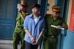 Cô gái từ chối ly rượu mời, một thanh niên bị đâm chết