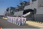 Tàu hộ vệ Trăng Mùa Đông của Nhật Bản thăm Cam Ranh