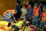 Đưa 6 thuyền viên cùng tàu cá gặp nạn ở Hải Phòng về đất liền an toàn