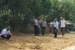 Cận cảnh trang trại chứa hàng trăm tấn chất thải của Formosa