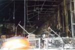 Cửa hàng sách trên phố Hà Nội bốc cháy dữ dội