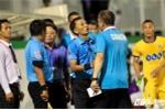 Trọng tài phá nát trận HAGL vs FLC Thanh Hóa: Chuyện gì xảy ra, mình chấp nhận thôi