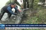 Clip: Trục vớt quả bom 230kg dưới lòng sông ở Hà Tĩnh