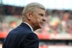 Thắng MU, Arsenal vẫn khó lòng vào top 4