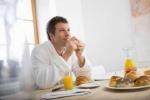Sai lầm cực lớn nhiều người mắc phải khi ăn sáng