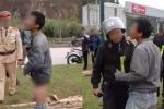 Điều tra tài xế say xỉn chửi bới, tụt quần trước mặt CSGT
