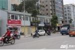 Hàng loạt cửa hàng 'cởi bỏ đồng phục' trên phố kiểu mẫu Thủ đô: Chính quyền lên tiếng
