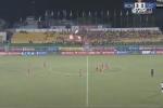Xấu hổ bóng đá Việt Nam: Cả đội Long An đứng yên cho TP.HCM ghi liên tiếp 3 bàn