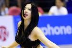 Nữ du học sinh Việt giống Lưu Diệc Phi quyến rũ trong từng bước nhảy
