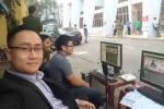 BLV ngồi quán trà đá tường thuật trực tiếp trận Hải Phòng vs Sài Gòn FC