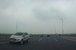 Năm ô tô chạy ngược chiều trên cầu Nhật Tân: Có xe biển xanh của đơn vị thuộc Bộ Y tế