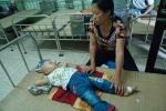 Xót thương bé gái 2 tuổi phải giành giật sự sống với khối u quái ác