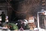 'Bà hỏa' thiêu rụi căn nhà lúc giữa trưa ở Sài Gòn