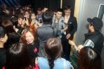 Noo Phước Thịnh 'chơi trội' khi tổ chức họp fan tại Hàn Quốc