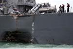 Khu trục tên lửa Mỹ thủng mạn, ngập nước nhiều khoang sau khi đâm tàu chở dầu