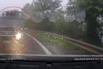 Xe tải vượt ẩu trên đèo hẹp, suýt gây tai nạn thảm khốc