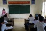 Thiếu giáo viên, cô giáo Văn được phân công dạy Sinh