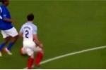 Clip: Cận cảnh pha 'xâu kim đôi' ma thuật của Ronaldinho
