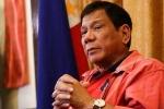 Tổng thống Philippines kêu gọi ném cướp biển cho cá mập ăn thịt
