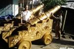 'Đã mắt' với cặp súng thần công 3,5 tấn nguyên mẫu thời Nguyễn