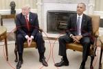 Dáng ngồi ở Nhà Trắng tiết lộ gì về uy quyền của Obama và Trump?