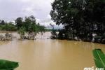 Mưa lớn, nhiều tuyến đường miền núi Hà Tĩnh mênh mông nước