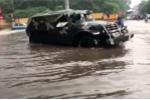 Thái Nguyên điều động xe chuyên dụng giúp thí sinh thi THPT quốc gia vượt lụt