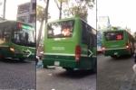 Họp khẩn xử lý tài xế 'phi' xe buýt lên vỉa hè để thoát kẹt xe ở Sài Gòn