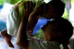 Thái Lan, quốc gia châu Á đầu tiên 'xóa sổ' HIV truyền từ mẹ sang con