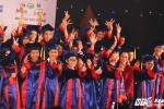 Trao học bổng 'Nâng bước thủ khoa' cho 51 tân sinh viên vượt khó