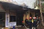 Nhà con trai cố nhạc sỹ Văn Cao trên phố Hà Nội bốc cháy dữ dội