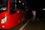 Video: 3 học sinh rủ nhau ném đá xe khách ở Đắk Lắk