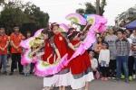 Biểu diễn nghệ thuật vì trẻ tự kỷ tại phố đi bộ Hồ Gươm