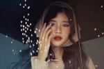 Hot girl Đồng Nai đẹp ma mị, quyến rũ trong bộ ảnh mới đón Noel