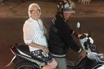 Cư dân mạng ngả mũ kính phục cụ bà Nga 89 tuổi một mình du lịch Việt Nam