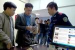Tài xế taxi trả lại 14.000 USD cho du khách Hàn Quốc để quên