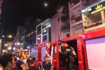 Lửa bao trùm ngôi nhà ở phố Bùi Viện lúc nửa đêm, cả khu phố mất điện