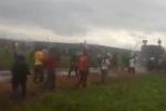 Người dân dùng gậy, gạch đá tấn công lực lượng chức năng ở Kon Tum: Tổ chức họp báo khẩn