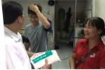 Hà Nội: Hàng trăm người được tặng màn chống muỗi