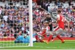 Công làm thủ phá, Arsenal gục ngã trước Liverpool trong cơn mưa bàn thắng
