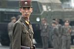 Báo Hàn: Lính gác biệt thự ông Kim Jong-un vượt sông, đào tẩu sang Trung Quốc