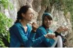 Người mẫu Việt ấm ức nhai cá sống trên truyền hình