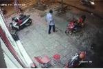 Clip: Dùng kế 'điệu hổ ly sơn' trộm xe máy bất thành và cái kết đắng