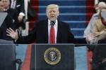 Donald Trump phát biểu trong mưa sau khi nhậm chức