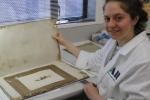 Bí ẩn bức tranh hàng trăm tuổi bất ngờ được tìm thấy ở Nam Cực