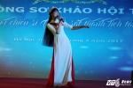 Hinh anh Nu sinh truong Canh sat bieu dien vo Binh Dinh tren san khau tai nang 15