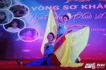 Hinh anh Nu sinh truong Canh sat bieu dien vo Binh Dinh tren san khau tai nang 14