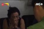 Theo chân công an đột kích 2 động mại dâm núp bóng tiệm cắt tóc ở Nha Trang