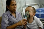 Người Venezuela đi viện phải mang theo thuốc men mới được khám, chữa bệnh